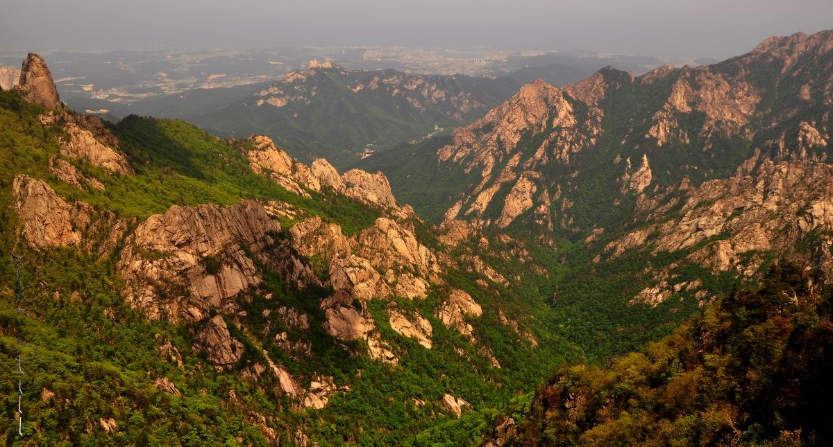 Seoraksan - Dinosaur Ridge