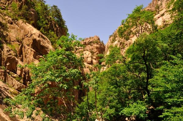 Seoraksan Valley-16