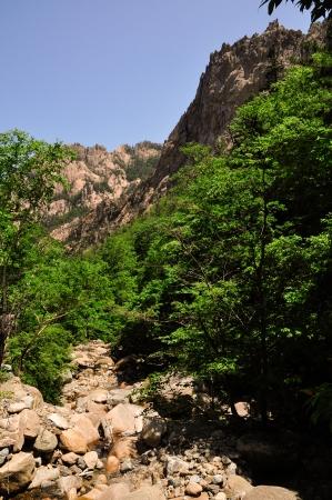 Seoraksan Valley-9